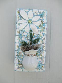 Mosaic 3-D faux flower pot hanger by Robinloves2break on Etsy
