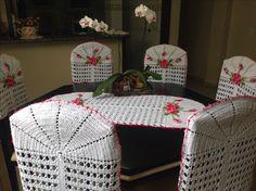 Croche:capas de cadeiras com trilho