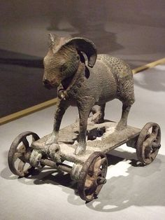 Toy Ram Bronze Indonesia East java 1300 to 1400 CE 1 Antique Toys, Vintage Toys, Ancient Artefacts, Romancing The Stone, Asian Art Museum, Indonesian Art, Art Premier, Ancient Jewelry, Old Toys