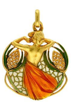 """Masriera y Carreras - An Art Nouveau gold, plique-à-jour and basse-taille enamel and rose cut diamond pendant, early 20th century. Signed: """"Masriera y Carreras"""" and partially hallmarked with two illegible hallmarks."""