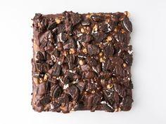 DIE veganen Oreo-Brownies mit Erdnussbutter-Schokolade-Topping