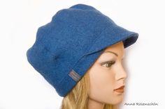 Schirmmütze blau Ballonmütze jeansblau Wolle  von AnnaRosenschoen