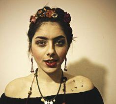 Up Hairstyles, Acting, Make Up, Facebook, Rings, Jewelry, Fashion, Frida Khalo, Moda