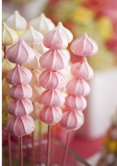 Meringue Kebobs - Read more on One Fab Day: http://onefabday.com/meringue-wedding/