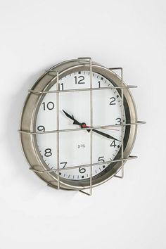 Mental institution clock? ....coooooool