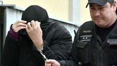 Zatknutý Sebastian Vadala pred súdom v Trebišove