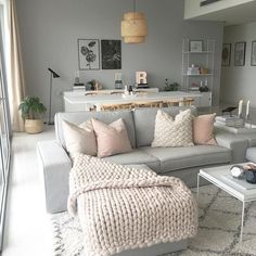30 Beautiful Living Room Decor And Design Ideas; small sp… 30 Beautiful Living Room Decor And Design Ideas; Small Space Living Room, Living Room Grey, Small Spaces, Pastel Living Room, How To Design Living Room, Living Room Decor Simple, Small Living Room Designs, Small Living Room Ideas With Tv, Living Room Styles