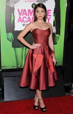 Sarah Hyland Vampire Academy premiere in Zac Posen and Jimmy Choo #styledbyme