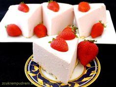 z cukrem pudrem: pianka truskawkowa - 2 składniki