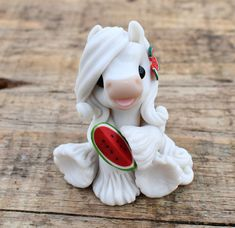 Genuine and original polymer clay sculpture designed and handmade with love by Elisabete Santos Polymer Clay Kawaii, Polymer Clay Animals, Polymer Clay Charms, Polymer Clay Art, Polymer Clay Sculptures, Polymer Clay Miniatures, Polymer Clay Creations, Sculpture Clay, Clay Projects