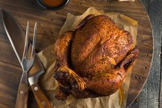 Grilled whole chicken, stuffed whole chicken, grilled meat, electric smoker Grilled Fish Recipes, Healthy Grilling Recipes, Meat Recipes, Grilled Meat, Traeger Recipes, Grilled Whole Chicken, Smoked Whole Chicken, Southern Baked Chicken Recipe, Baked Chicken Recipes