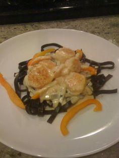 Shrimp And Scallops In Saffron Cream With Black Pasta Recipe Risotto Recipes, Pasta Recipes, Cooking Recipes, Seafood Dishes, Pasta Dishes, Fish Recipes, Seafood Recipes, Black Pasta, Gastronomia