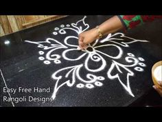 home decor quizes Rangoli Borders, Rangoli Border Designs, Rangoli Patterns, Rangoli Designs Images, Rangoli Designs Diwali, Rangoli Ideas, Kolam Rangoli, Beautiful Rangoli Designs, Henna Patterns