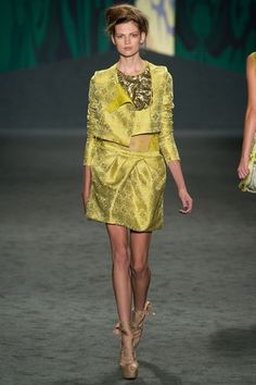 Vera Wang Spring 2013 Ready-to-Wear - Collection - Gallery - Style.com
