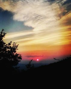 Pomaio sunsets: we never have enough of them.  #thinkgreendrinkred