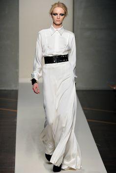 Gianfranco Ferré Fall 2012 Ready-to-Wear Fashion Show - Daria Strokous