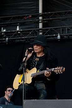 Sixto Rodriguez - Wikipedia, the free encyclopedia Searching For Sugar Man, Beautiful Stories, Documentaries, Daughter, Husband, Singer, Concert, Sexy, People
