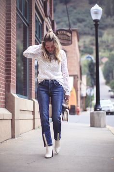 white boots, how to wear white boots, fashion blogger, erin busbee of busbee