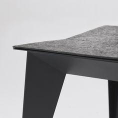 E2 chair by Ukrainian design bureau ODESD2. Designer: Nikita Bukoros.