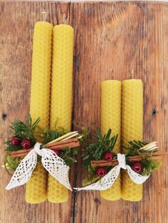 Natural hand rolled beeswax candles with fragrance that will blow you off! Pine with cinnamon on top of natural bees wax smell, just imagine these together! An amazing gift for all ages. Christmas Gift Sets, Christmas Candles, Scandinavian Christmas, Bulk Candles, Beeswax Candles, Christmas Floral Arrangements, Natural Candles, Handmade Candles, Candle Making