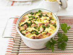 Kartoffelgratin mit Grünkohl und Schinken   Zeit: 35 Min.   http://eatsmarter.de/rezepte/kartoffelgratin-mit-gruenkohl-und-schinken