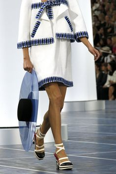 Chanel Spring 2013 Ready-to-Wear details
