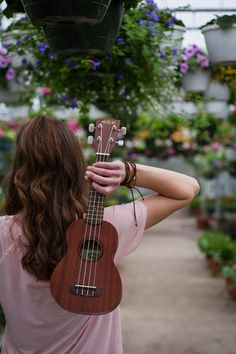 Ukulele photoshoot// greenhouse photoshoot