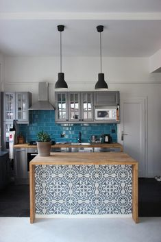 Kitchen island with Miriam cement tiles. - Marrakesh Cement Tiles