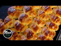BUTTER CROWN RECIPE, you can make delicious butter croissants in your own house. Eating them just out of the oven is priceless! Fresh Bread, Sweet Bread, Butter Croissant, Delicious Desserts, Dessert Recipes, Pan Dulce, Yummy Cakes, Bakery, Food And Drink