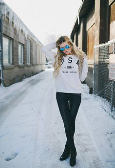 Barefoot Blonde - USA sweater