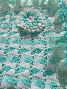 CROCHET PATTERN Baby Blanket Ruffle Border With Flower, DIY Turquoise Blanket…