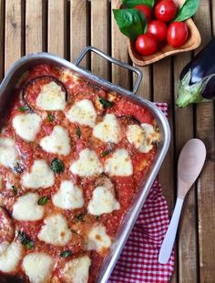 BERENJENAS A LA PARMIGIANA Clean Eating Guide, Clean Eating For Beginners, Pizza, Food Porn, Irene, Food And Drink, Appetizers, Keto, Healthy Recipes