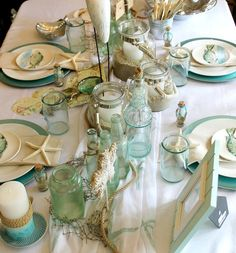 Beach Table in a White and Seafoam. Tons of Beachy Ideas: http://www.completely-coastal.com/2015/11/elegant-beach-table-idea-in-white-and-seafoam-green.html