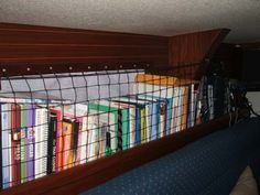 Bungee nets for books