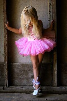 Vestidinho rosa.