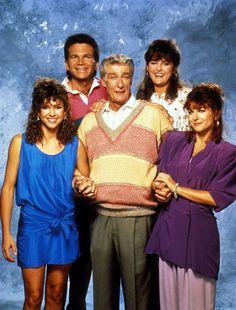 Kristy McNichol, David Leisure, Richard Mulligan, Park Overall & Dinah Manoff in Empty Nest (1988-95, NBC)