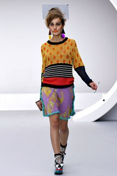 Louise Gray Spring 2013 Ready-to-Wear Collection Slideshow on Style.com