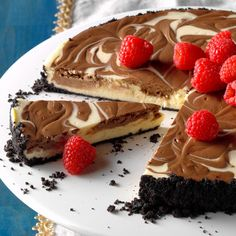 Chocolate Swirled Cheesecake Recipe -This cheesecakes looks and tastes indulgent, but it's a lightened up version you can feel good about serving your family. Chocolate Swirl Cheesecake, Low Sugar Desserts, Light Desserts, Dessert Recipes, Healthier Desserts, Keto Desserts, Healthy Sweets, Sweet Desserts, Recipes