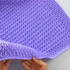Crochet Simple And Fast Beginner Baby Blanket - Sirin's Crochet blanket patterns for beginners easy quilts Crochet Baby Blanket Free Pattern, Crochet Baby Blanket Beginner, Afghan Crochet Patterns, Baby Patterns, Beginner Crochet, Crocheted Baby Blankets, Filet Crochet, Chunky Crochet, Bobble Stitch