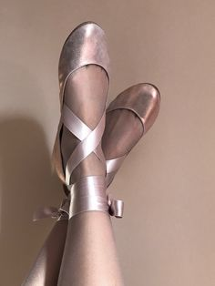 Rose Gold Ballet Flats With Satin Ribbon - Elehandmade Bridal Shoes - Brautschuhe, Gold Ballet Flats, Gold Flats, Ballet Shoes, Dance Shoes, Gold Bridal Shoes, Bride Shoes, Wedding Shoes, Low Heel Shoes, Shoes Heels