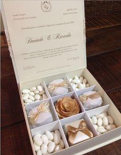 One of a kind wedding invitations for bridal party | Invitaciones unica de boda