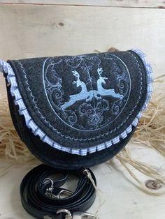 Schultertaschen - Trachten Handtasche, Dirndl Handtasche, Filztasche - ein Designerstück von Margot-Atelier bei DaWanda