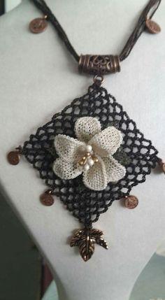 Tree Branches, Crochet Necklace, Art Pieces, Pendants, Mavis, How To Make, Jewellery, Creative, Needlepoint