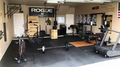 Top 75 Best Garage Gym Ideas - Home Fitness Center Designs : Private Fitness Area Garage Gym Ideas Pump iron in the privacy of your own place with the top 75 best garage gym ideas. Explore cool home fitness center designs featuring equipment to decor. Crossfit Garage Gym, Home Gym Garage, Diy Home Gym, Gym Room At Home, Home Gym Decor, Basement Gym, Best Home Gym, Rogue Fitness, Fitness Gym