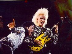 Michael Jackson with guitarist Jennifer Batten