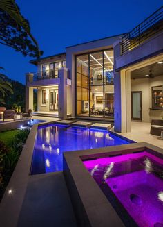 The different color lighting for the pools is cool. It can be made to suit different atmospheres or design choices.