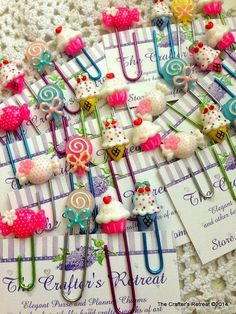 4 Super Sweet Sweets Cute Kawaii Paper Clips for Planners, Filofax, Gillios or Books Color will vary with each order. Crea Fimo, Fimo Clay, Polymer Clay Crafts, Cute Crafts, Diy Crafts, Paperclip Crafts, Fimo Kawaii, Cute Stationary, Clay Projects