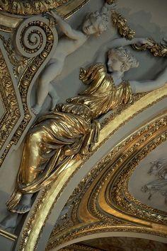 Musée du Louvre, gilded ceiling detail.