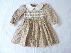Vintage girls floral prairie dress 3T     LazerBabyVintage, $12.00