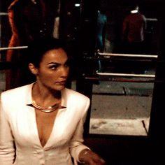 Gal Gadot as Diana Prince in Batman v Superman: Dawn of Justice Gal Gardot, Gal Gadot Wonder Woman, Dc Movies, Batman Vs Superman, Female Actresses, Christy Turlington, Diana, Celebrity Look, Celebs